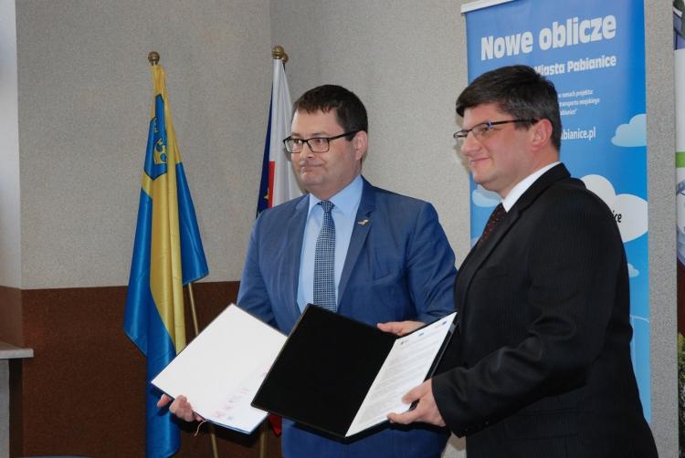 od lewej Andrzej Sienkiewicz, Grzegorz Mackiewicz