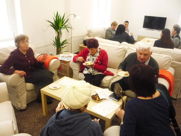 uczestnicy uroczystego otwarcia Centrum Seniora